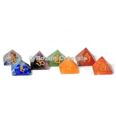 Sanskrit Pyramid Chakra Reiki  set
