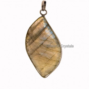 Labrodrite full flash eye shape Faceted Pendants