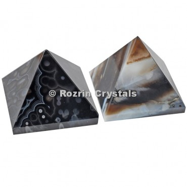 Black Onyx Pyramid
