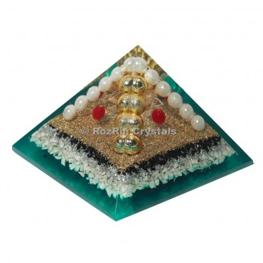 Decorative Pearl Orgone Pyramid