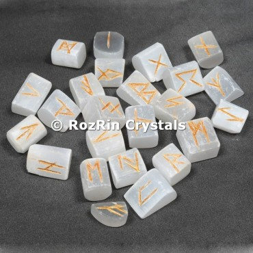 Selanite Rune Set